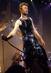 Bowie performing on stage, 1995